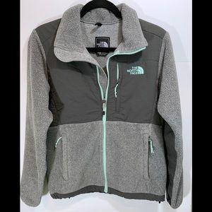 The North Face Denali jacket Sz Small